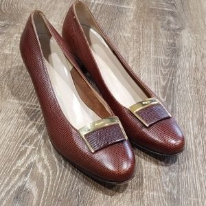 Salvatore Ferragamo cognac leather buckle pumps 9